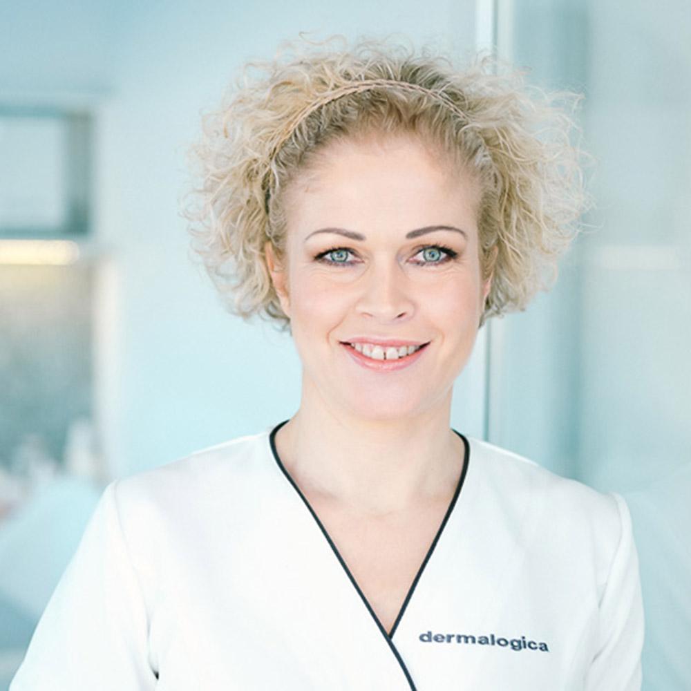 Ann-Kristin Stokke / foreleser i Holistisk hudpleie ved Senzie Akademiet